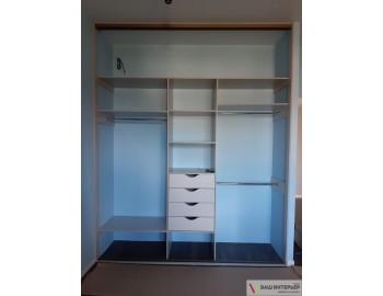 Комбинированный встроенный шкаф-купе