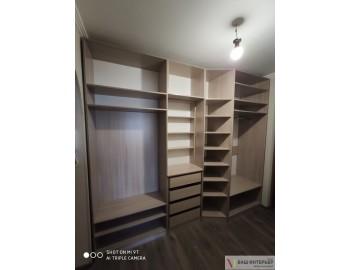 Рспашные шкафы в прихожей