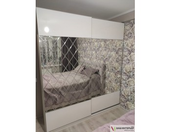Зеркальный шкаф-купе комби
