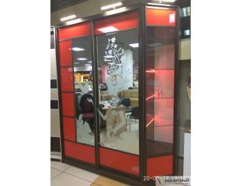 Шкаф-купе (Красное стекло лакобель)