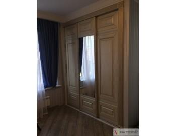 Встроенный шкаф в гостиную