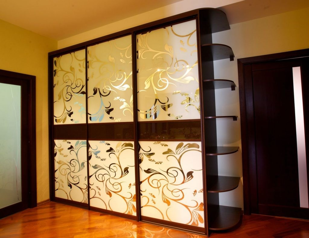 Шкаф-купе пескоструйный рисунок с узорами